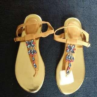 Golden facet Stone sandal Size 7