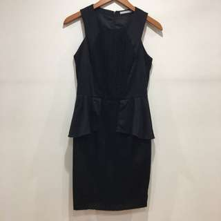 Out With Evie Peplum Dress Size8