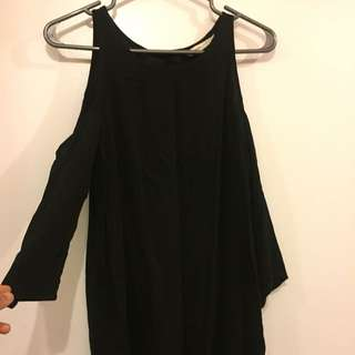 Loose Black Open Shoulder Top