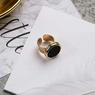 0270CCr  Forever21 Tide Black Velvet Ring Gold+Black