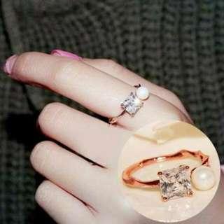 026F40r  Zircon Pearl Diamond Ring Rose Gold Square