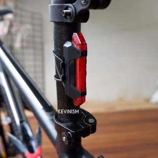 Lampu Sepeda Gowes USB Bike Rechargeable Tail Light Portable Red Merah