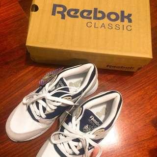 全新 Reebok 藍白配色 球鞋 Sneaker