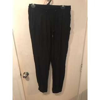 Loose Light Materiel Pants