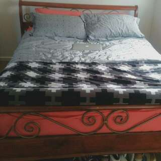 NEED GONE TODAY ! QUEEN BED SUIT