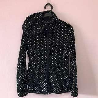 🚺  Black polka dot jacket uniqlo