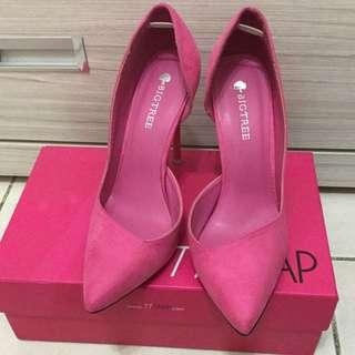 桃色尖頭鞋