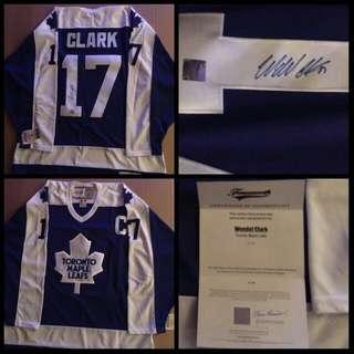 Wendel Clark Signed Leafs Jersey w/COA