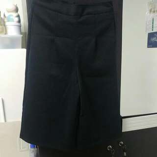 Black Half-pants