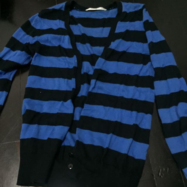 久丹奴黑籃線條毛線外套