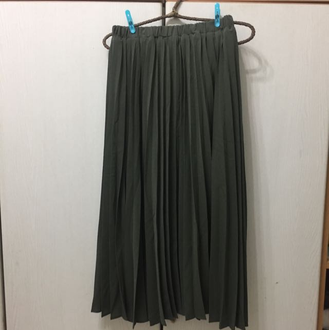 全新 雪紡墨綠色百摺裙