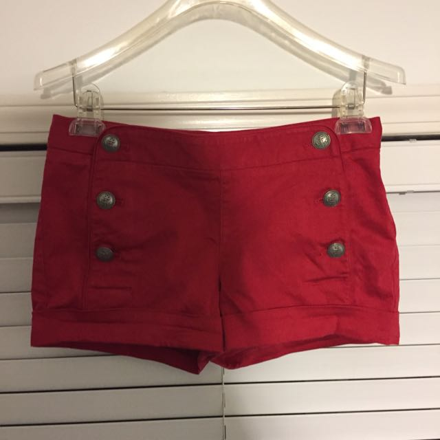Aritzia Talula Starboard Shorts (red, Size 2)