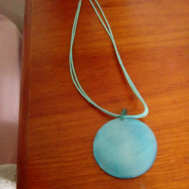 Blue Shell/stone Necklace