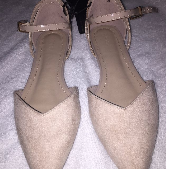 Brand New forever 21 nude flats