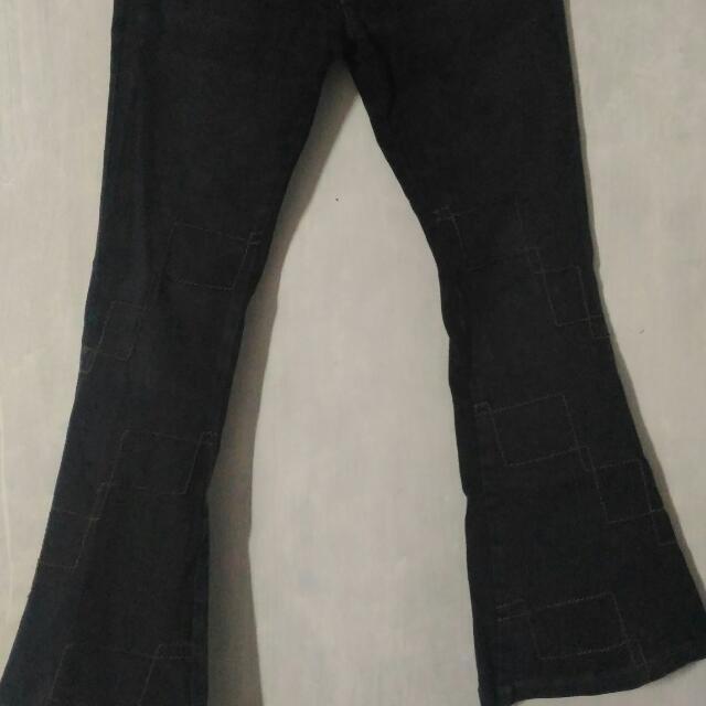 Celana Jeans Cutbray Sense