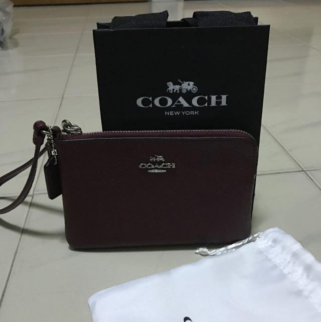 9b72f53c83ec BN Authentic Coach Crossgrain Leather Corner Zip Wristlet