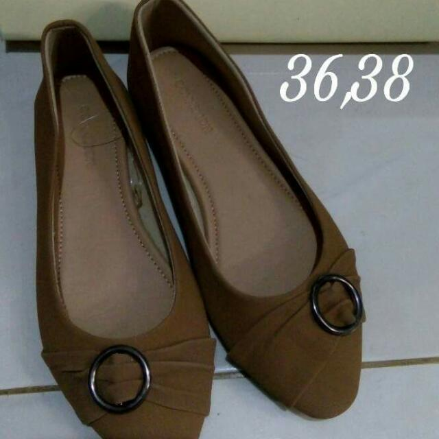 Conection Flat Shoes Brown