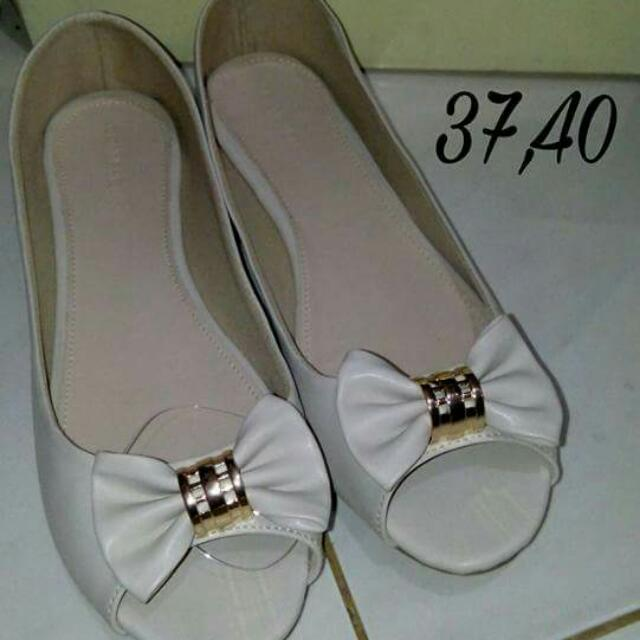 Conection Flat Shoes White