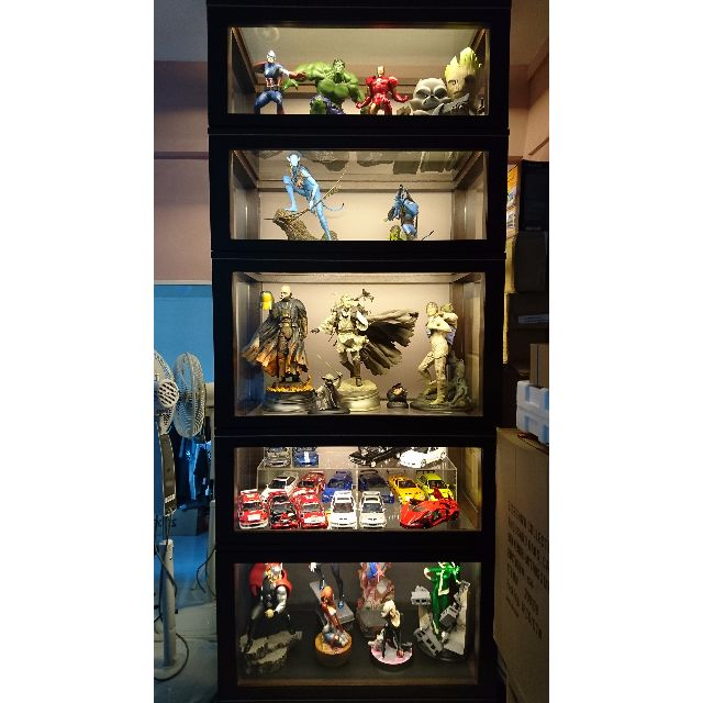 Custom Dustproof Display Cabinet For Statues Diecast Hot Toys