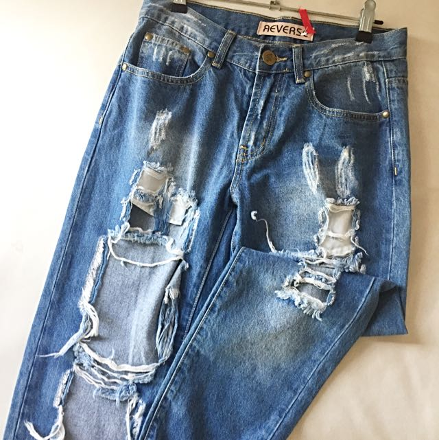 Distressed Boyfriend Jeans - Size 8
