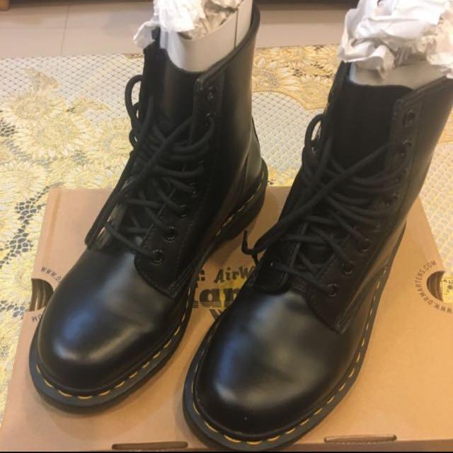 Dr. Martens 馬丁鞋 黑色