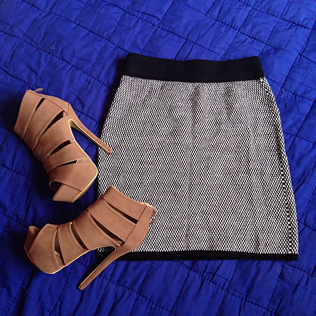 Fit skirt