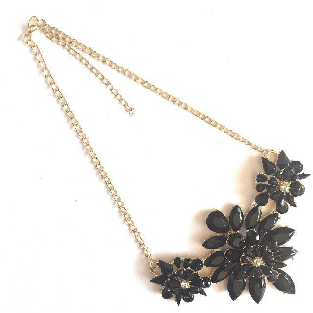 FLOWER NECKLACE (KALUNG FASHION)