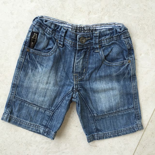 INDUSTRIE KIDS BOYS DENIM SHORTS SIZE 4