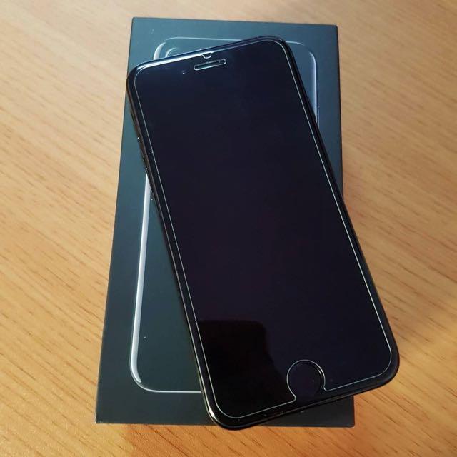 iPhone 7 耀石黑 128G