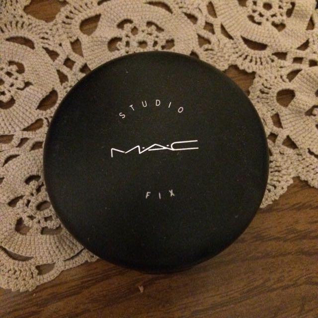 MAC Powder + Foundation