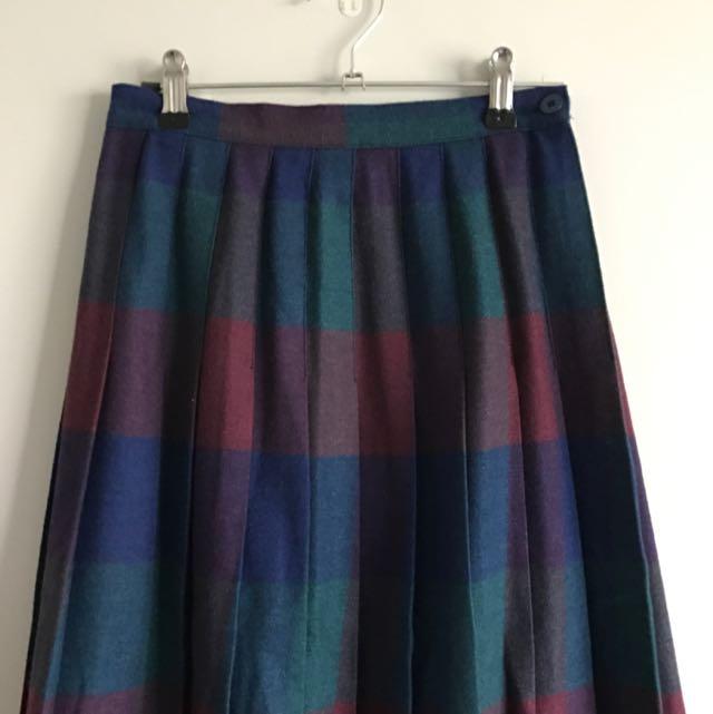 Midi-length Plaid Skirt