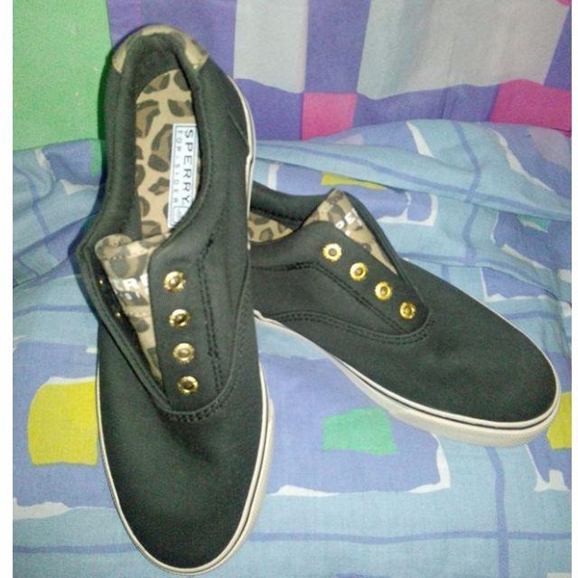 REPRICE Original Sperry Brand Sneaker