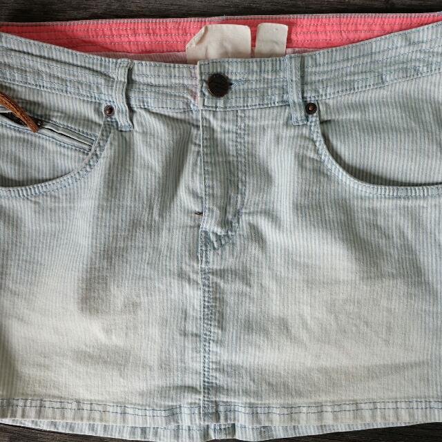 Pre-loved Mini Skirt H&M
