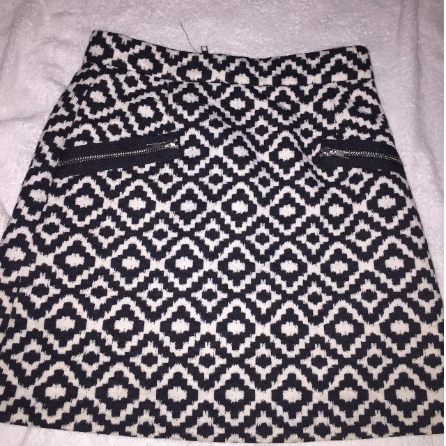 Saks Fifth Ave Black and white pencil skirt