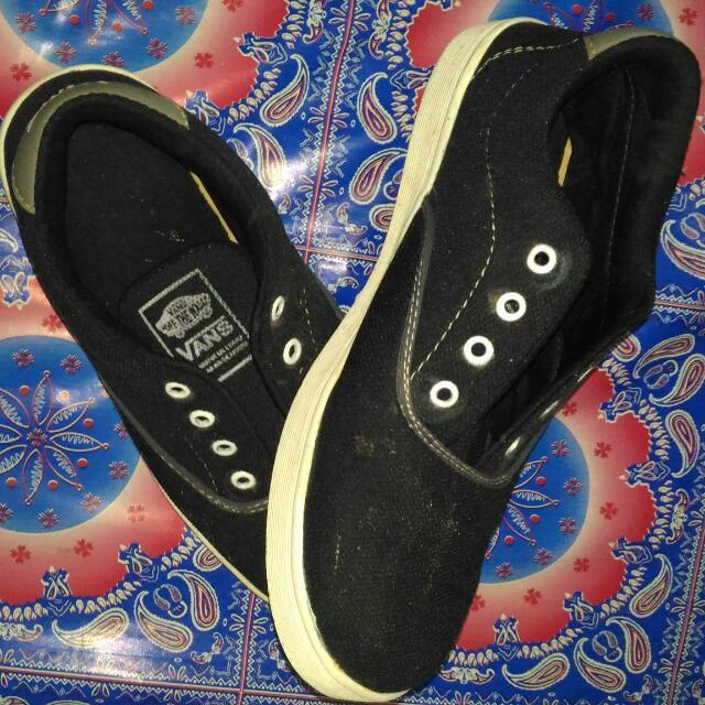 Sepatu Vans Kw