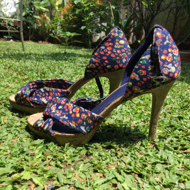 Shoes Fiomi (payless)