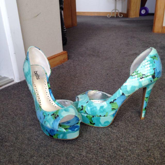 Shoes Size 8 US