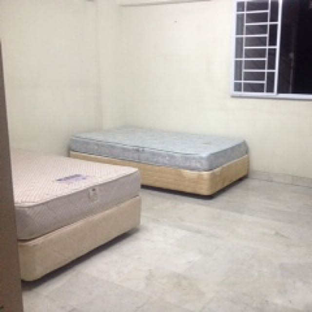 Spacious Common Rooom for Sharing