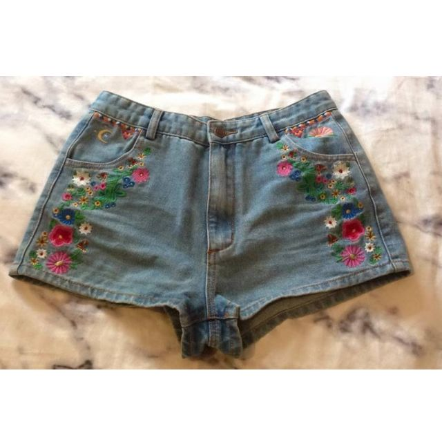 Spell and the Gypsy Lovechild denim shorts sz medium