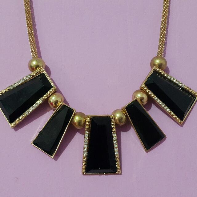 SQUARE NECKLACE (KALUNG FASHION)