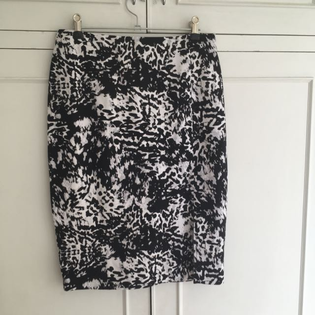 Target Collection Stretch Material Black And White Skirt