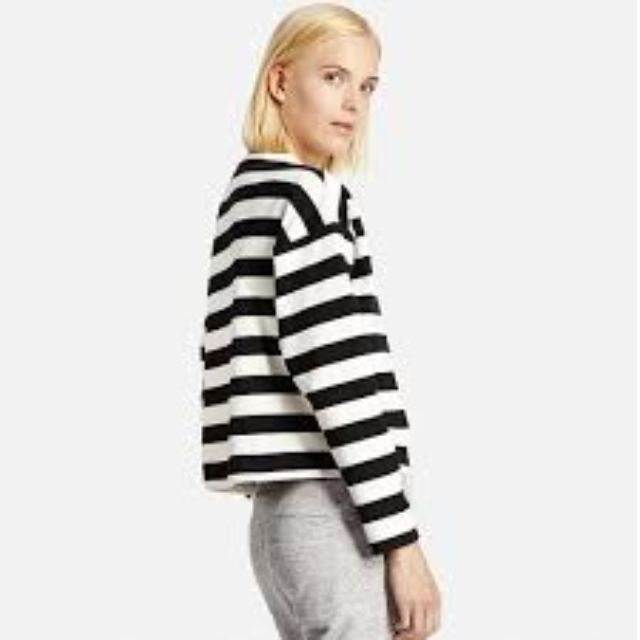 Uniqlo Striped Cropped Mock Neck Long Sleeve Top