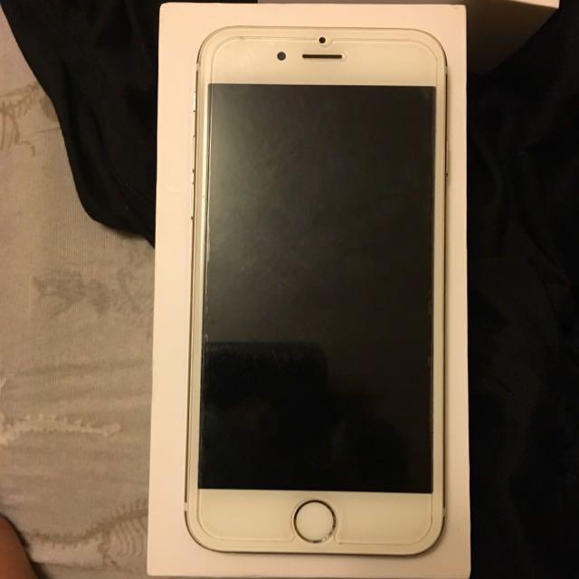 Unlocked 16 GB Gold iPhone 6