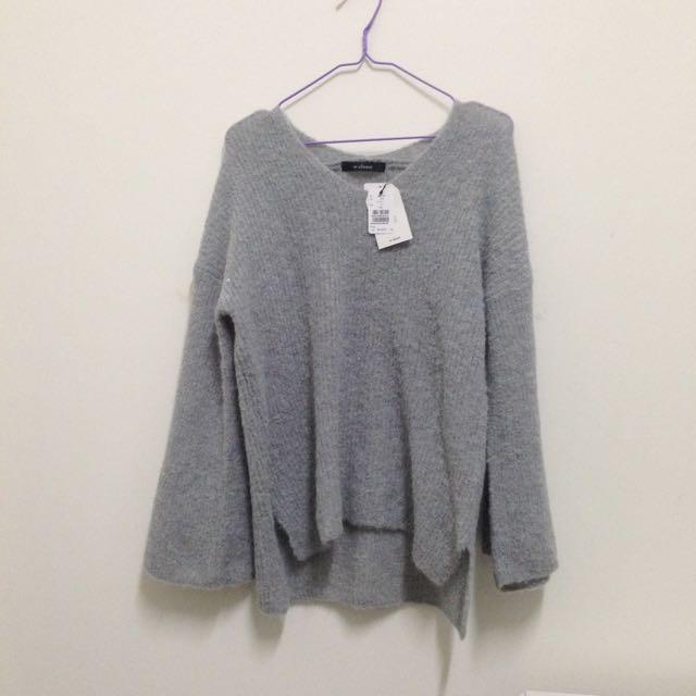 日本品牌w Closet 針織毛衣/earth Music 蘇格蘭 紅色格紋半身長裙(圖三為實穿照)