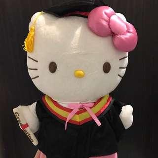 Hello Kitty 畢業公仔