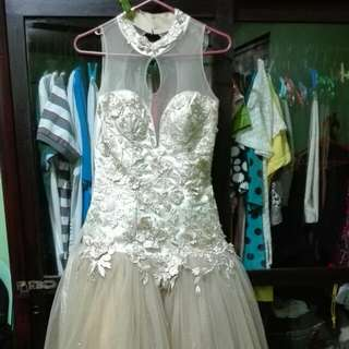Gown For Rent/ For Sale Color: Cream Condition: Good As New  Total of P1,500.00  P500.00- Will Serve As The Deposit. Will Be Return Also If The Gown Is Returned In Good Condition.  You Can Contact Me In This Number- 09364532875  Mandaluyong Area Only.