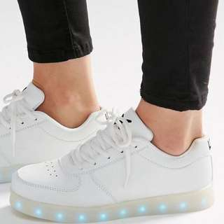 Wize & Ope White Light Up Sole Trainers