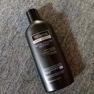 [Reprise]TRESemme Total Salon Repair Shampoo