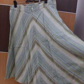 Vintage Geometric Tosca Midi Skirt