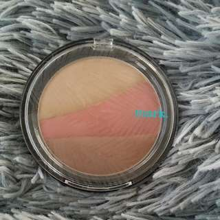 Mark. Island Beauty Face compact